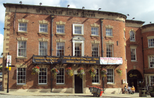 Wynnstay_Arms_Hotel,_Wrexham_-_DSC09411